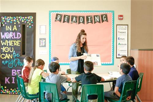 Picture of Teacher Justine Brunetti teaching students